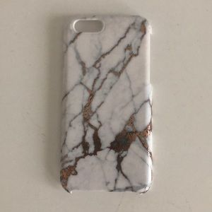 A marble iPhone 6/6s phone case